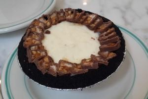 Snickers Icebox Pie