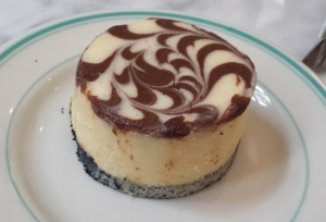 Vanilla & Chocolate Swirl Cheesecake